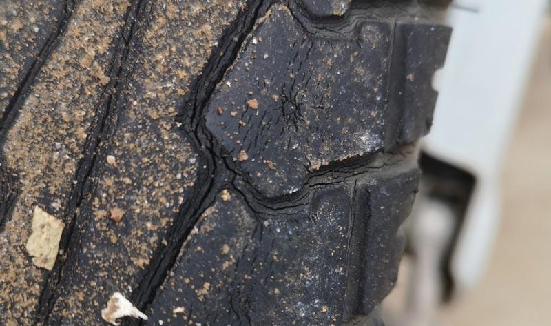 リトルカブ 使い古したタイヤ