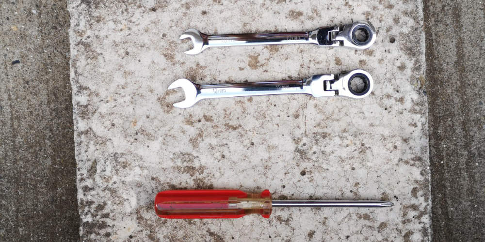 エアクリーナー交換 工具