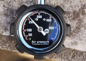 リトルカブ 空気圧 リア 調整後